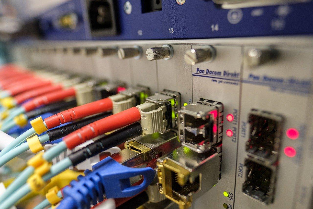 Comment obtenir un test éligibilité fibre optique sfr avec une offre internet box adsl haut débit ?